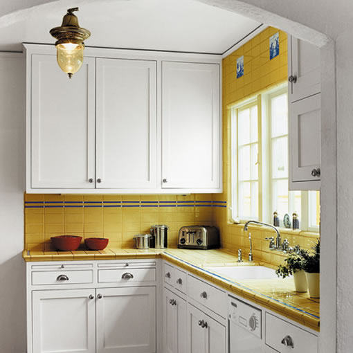 1375863236Small-kitchen-design-ideas